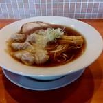 84571793 - 【2018.4.22(日)】自家製醤油ワンタン麺(大盛・200g)850円