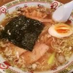 やき小屋商店 - 料理写真:ラーメン 700円