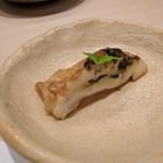 鮨みやもと - 本ミル貝の肝焼き 肝が旨い
