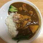カフェ デ カリー - 8種類の野菜の骨付チキンカレー(セット800円)