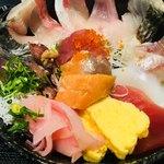 魚啓 - 海鮮丼