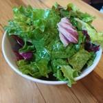 ブラッスリー ロノマトペ - (2018年4月 訪問)ランチに付くサラダは相変わらず水キレが丁寧で美味しい。