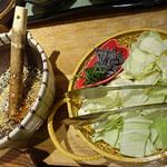まいか - キャベツと塩昆布のすり鉢サラダ