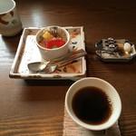 根っこや - デザートとコーヒー