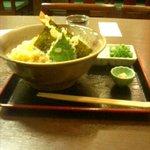 うどん処 かわせみ - ぶっかけ天ぷら(大盛り)