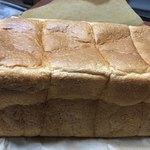 84600032 - 食パン