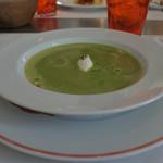 84602515 - グリーンピースのスープ リコッタチーズ