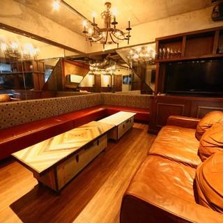 当店自慢の個室!カラオケ、テレビでスポーツ観戦できます!