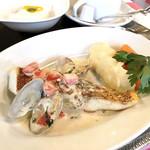 ビストロ グルマン - 真鯛のポワレ