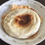 ベーカリーファクトリー - チーズキーマカレーパン