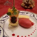 Omarukeputorye - デザートの盛り合わせ。