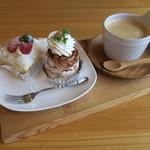 クルミ - モンブラン、レアチーズケーキ&コーヒー