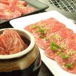 焼肉 一番星 - 数量限定の極上メニュー 特に「壺漬けカルビ」は絶品…。口の中でふわっと溶けるお肉。まさか390円なんて…。