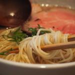 中華蕎麦 蘭鋳 - 麺アップ