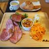 Mallorca - 料理写真:イベリコ豚ローストポークのタパスプレートランチ