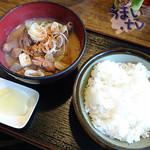 市場食堂 楽まる - 料理写真:川崎市北部市場食堂 楽まる もつ煮定食
