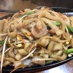 西安刀削麺 - 鉄板焼きXO醤刀削麺 950円
