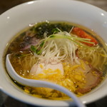 ソラノイロ Japanese soup noodle free style - ゆず塩旨味出汁ソバ