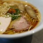 ソラノイロ Japanese soup noodle free style -