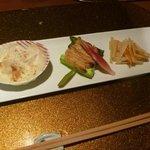 野菜割烹 あき吉 - 焼物:アスパラ胡麻味噌田楽 、玉葱と白子のグラタン