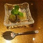 野菜割烹 あき吉 - デザート:さつま芋アイス 、ライチ、ゴールデンキウイ