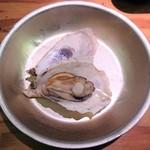 カキ小屋 - カキのがんがん焼き