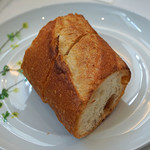 レストラン ペタル ドゥ サクラ - ベッカライ トーン ガルテンのパン