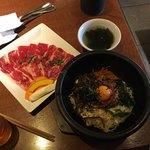 神田 炎蔵 - 石焼ビビンバとカルビ焼肉のセット1,430円