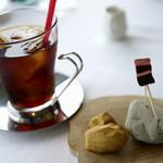 ジャンカルド - 紅茶と小菓子