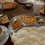 NEPAL KITCHEN HimAL - 料理写真:3点セット・パート2 1180円