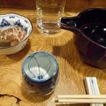 企久太 - 料理写真:あたごのまつとお通しのこんにゃく