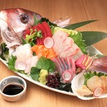 その日の仕入れで新鮮な魚介をご用意致します