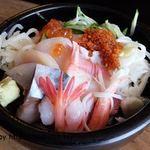 寿司考房 山 - 牛トロ海鮮丼