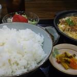 味亭花の家 - カツとじ定食