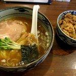 ラーメンみたけ - みたけラーメン&豚丼セット!