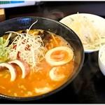 松戸香房 - アモイ沙茶麺(サーチャーメン) 980円 美味!ライスも楽しめるのでゼヒ定食で♪