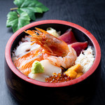 北海丼 一五〇〇円(税込)
