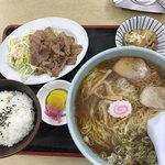 本長食堂 - 料理写真: