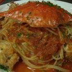 オステリア・ド・イタリア オリーブ - 料理写真:OLIVE人気の渡り蟹のトマトスパゲティ  ボリューム満点