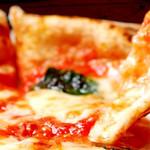 A DAY~こころの灯り家~ - 【マルゲリータ】言わずと知れたピッツァの王道!フレッシュのバジル、トマト、モッツァレラチーズを使用!当店人気№1