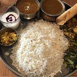 インド食堂 チチル&シシリ - ダルバートAセット(1,490円)