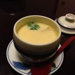 花源 - ◆茶碗蒸し 定番の具材が入り美味しいそう。 ただ握りですので茶碗蒸しだけでなく「お味噌汁」か「お吸い物」が付くといいですね。