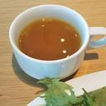 84688084 - スープ ミネストローネと思ったら ガツンと生姜が主張するジンジャースープでした