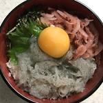 """まると - """"生しらす桜えび丼"""" を作りました"""