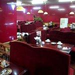 8470593 - 昭和の香りがする店内です。