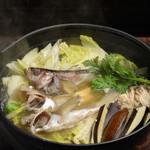 秋田きりたんぽ屋 - ハタハタのしょっつる鍋