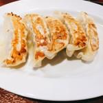 84704473 - 小菜餃子