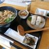 しんちゃんうどん - 料理写真:ごぼう天うどん定食