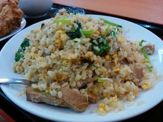 天紅 - 「豚バラ肉と青菜炒飯セット」の炒飯