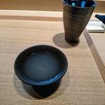 84709856 - 濃厚なアサリのスープ
